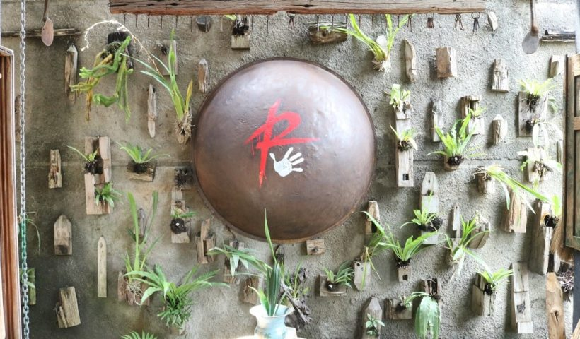 Menjelajah Suasana Desa Tempo Dulu di Rumah Budaya Rosid