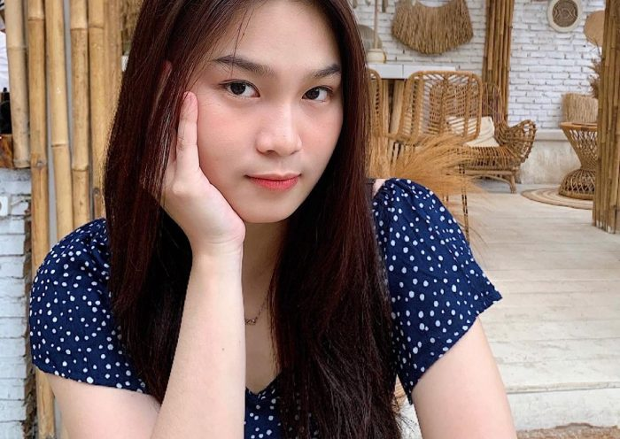 Biodata Verllya Ling
