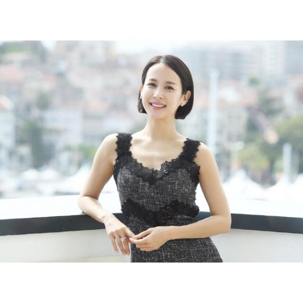 Cho Yeo Jeong Profil